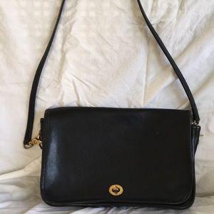 Vintage Coach bag number 037-0648